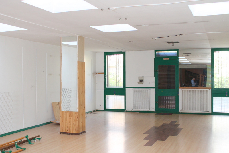 location perpignan 66000 plein centre local 300 m2 a louer. Black Bedroom Furniture Sets. Home Design Ideas