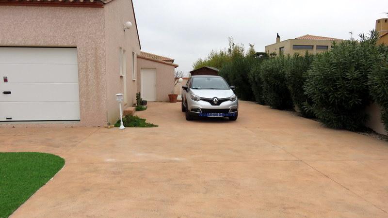 Parking intérieur ( estimé à 3 places )
